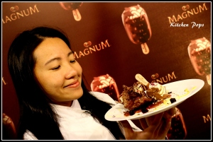 Asia's best pastry Chef Janice Wong with her Magnum Chocolate H20 Mousse..._1