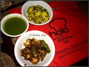 Creamy broccolli and spinach soup, Sesame potatoes and Paneer Chilli Fry1